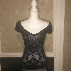 💎 Bebe figure flattering black lace top